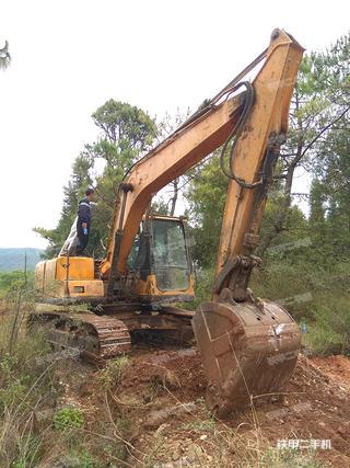 三一重工SY135C挖掘机