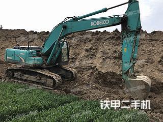 神钢SK200超8挖掘机