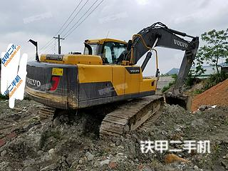 沃尔沃EC220D挖掘机