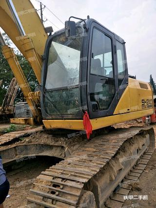 住友SH240-5挖掘机