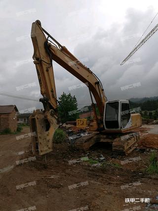 住友SH200挖掘机