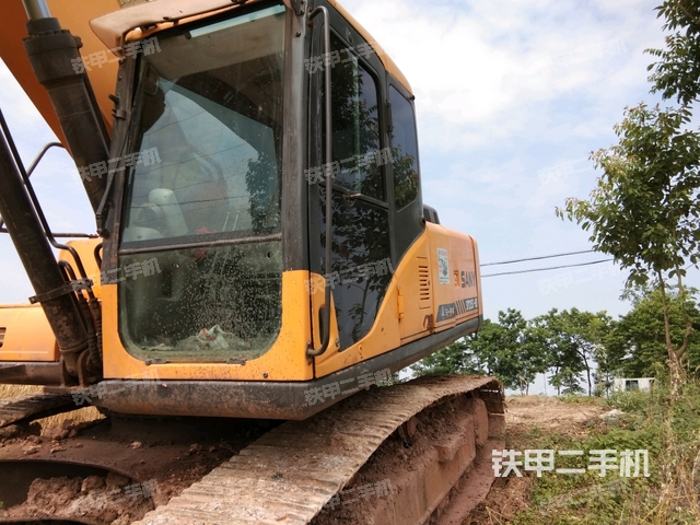 四川绵阳市三一重工SY235C-8挖掘机