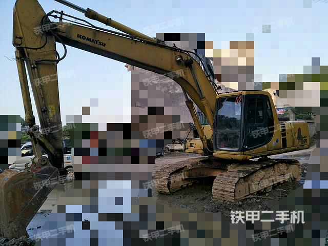 湖北恩施市小松PC200-6挖掘机