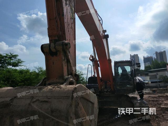 广西钦州市日立ZX330-5G国产挖掘机