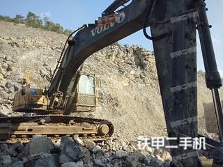 沃尔沃EC290挖掘机