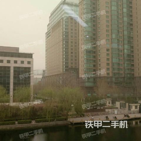 香港九龙城卡特彼勒301.6C挖掘机