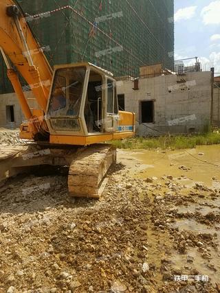 加藤HD700-7挖掘机
