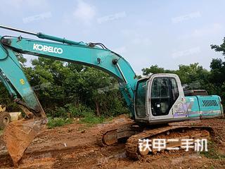 神钢SK230挖掘机