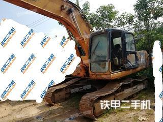 雷沃重工FR240-7挖掘机