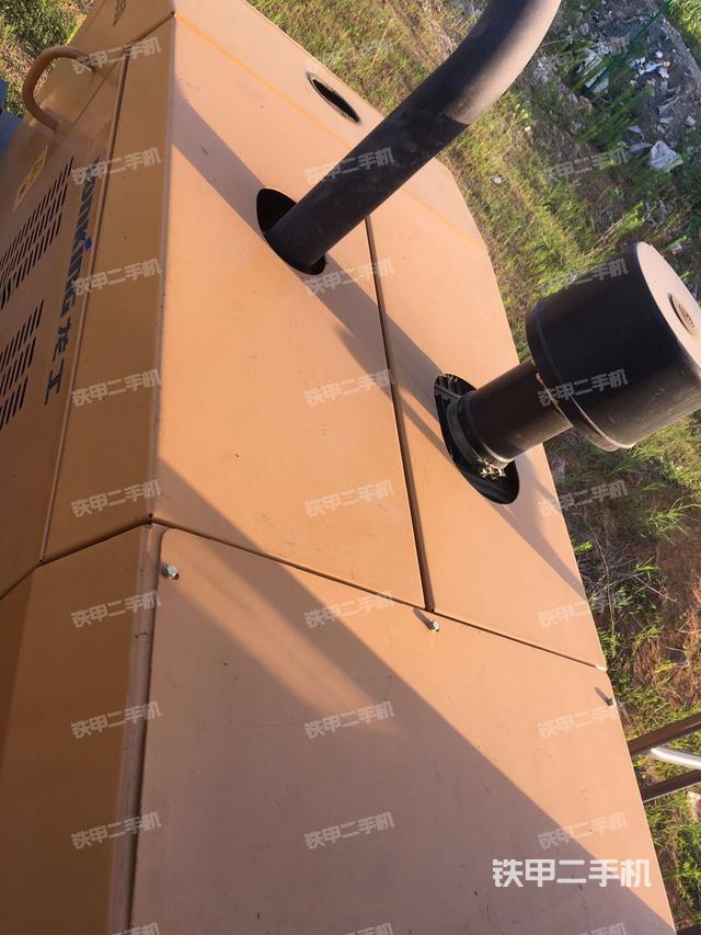 安徽巢湖市龙工LG855装载机