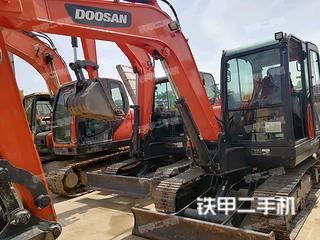 斗山DX55-9C挖掘机