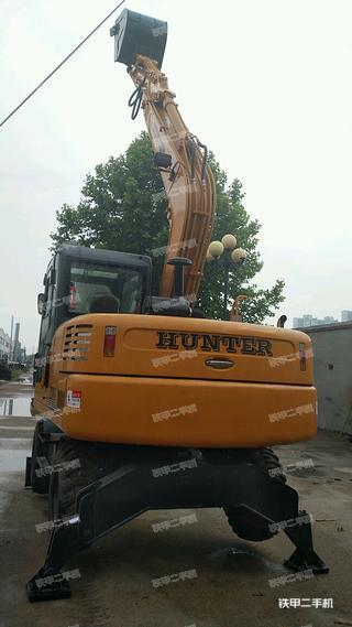 恒特重工HTL85挖掘机