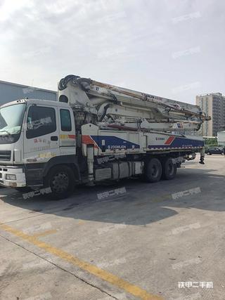 中联重科ZLJ5305THB47X-5RZ泵车