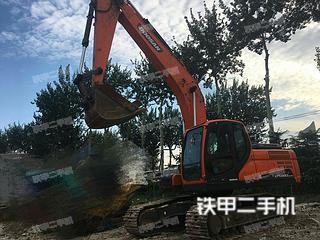 斗山DX220LC-9C挖掘机