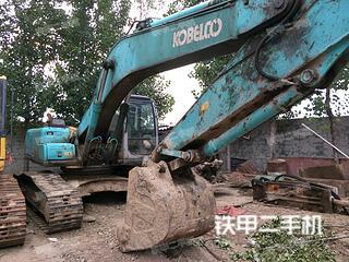 神钢SK230-6挖掘机