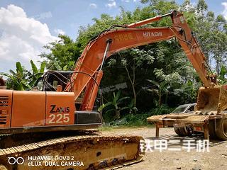 日立ZX200-5挖掘機實拍圖片