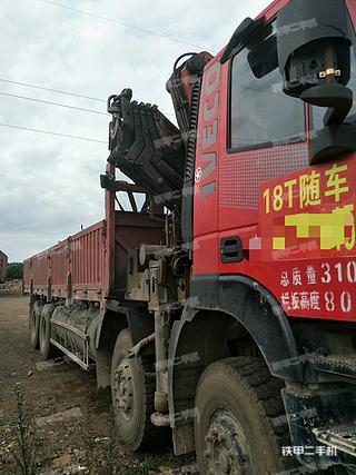 北奔重汽6X4工程自卸车
