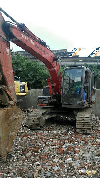日立EX100-5挖掘机
