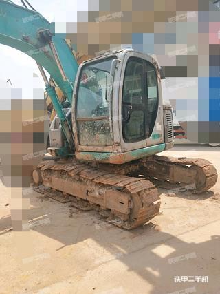神钢SK135SR-1E挖掘机