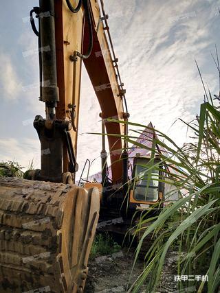 三一重工SY335C挖掘机