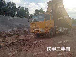 红岩4X2工程自卸车