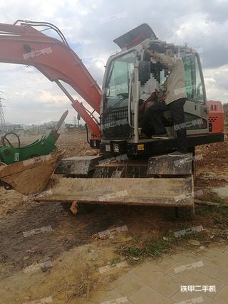 晋工JGM9075LN-8挖掘机
