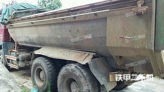 陕汽重卡8X4工程自卸车