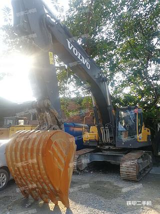佛山沃尔沃EC350D挖掘机实拍图片