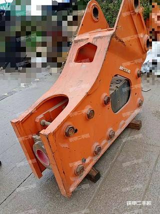 斗山DXB160破碎锤实拍图片