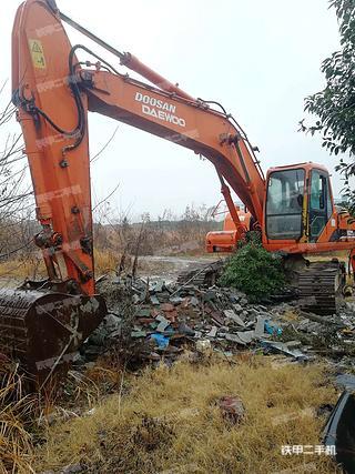 湖北-荆州市二手斗山DH220LC-7挖掘机实拍照片