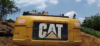 二手卡特彼勒挖掘机驾驶室顶部实拍图372