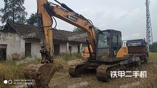 宜昌三一重工SY135C挖掘机实拍图片