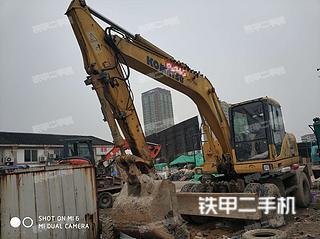 小松PW160-7挖掘機實拍圖片
