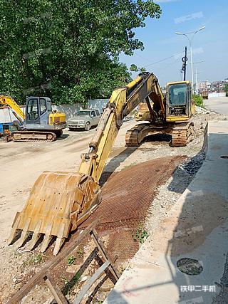 陕西-汉中市二手小松PC200-6E挖掘机实拍照片