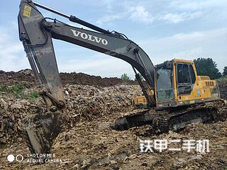 二手沃尔沃 EC200B 挖掘机转让出售