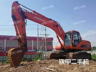 山东青岛市二手斗山DH220LC-7挖掘机实拍照片