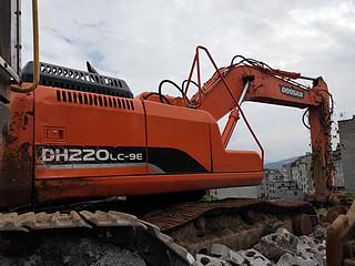 二手斗山挖掘机右后45实拍图226