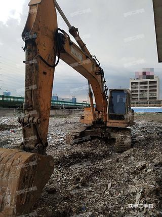 佛山加藤HD700VII挖掘机实拍图片
