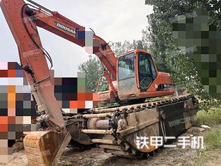 斗山DH150WS挖掘机实拍图片