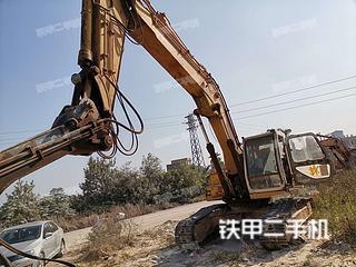 加藤HD1023挖掘机实拍图片