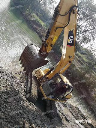 湖南-娄底市二手卡特彼勒320D液压挖掘机实拍照片