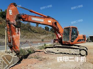 云南双版纳傣族自治州二手斗山DH220LC-7挖掘机实拍照片