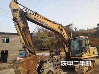 小松PC210-8挖掘机实拍图片