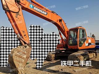 保定斗山DH220LC-7挖掘机实拍图片