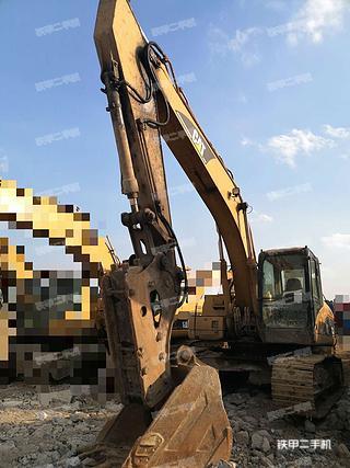 贵州-黔南布依族苗族自治州二手卡特彼勒320C挖掘机实拍照片