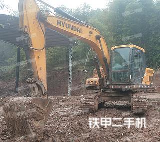 现代R130VS挖掘机实拍图片