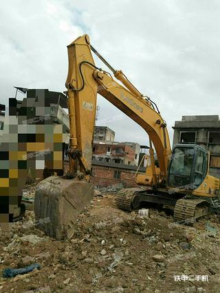 柳工CLG205C挖掘机实拍图片