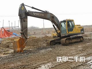 沃尔沃EC210B挖掘机实拍图片