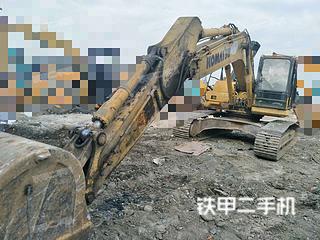 小松PC240LC-8M0挖掘机实拍图片