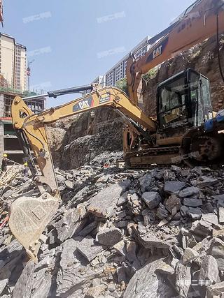 贵州-黔南布依族苗族自治州二手卡特彼勒305.5E2小型液压挖掘机实拍照片